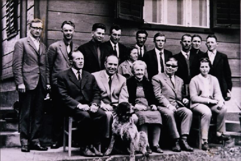 135 let čebelarstva na Šmarskem